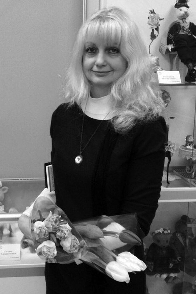 Галина Алексеевская - занимаюсь игрушками более 15 лет.