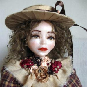 Художественная реалистичная авторская кукла «Майя» OOAK в шотландском стиле